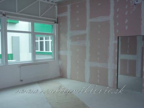 Nájomný priestor-holopriestor, 158,6 m2